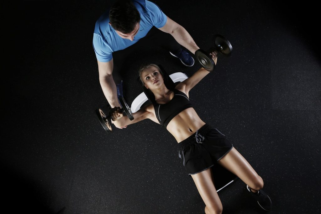 sport-female-weight-lift